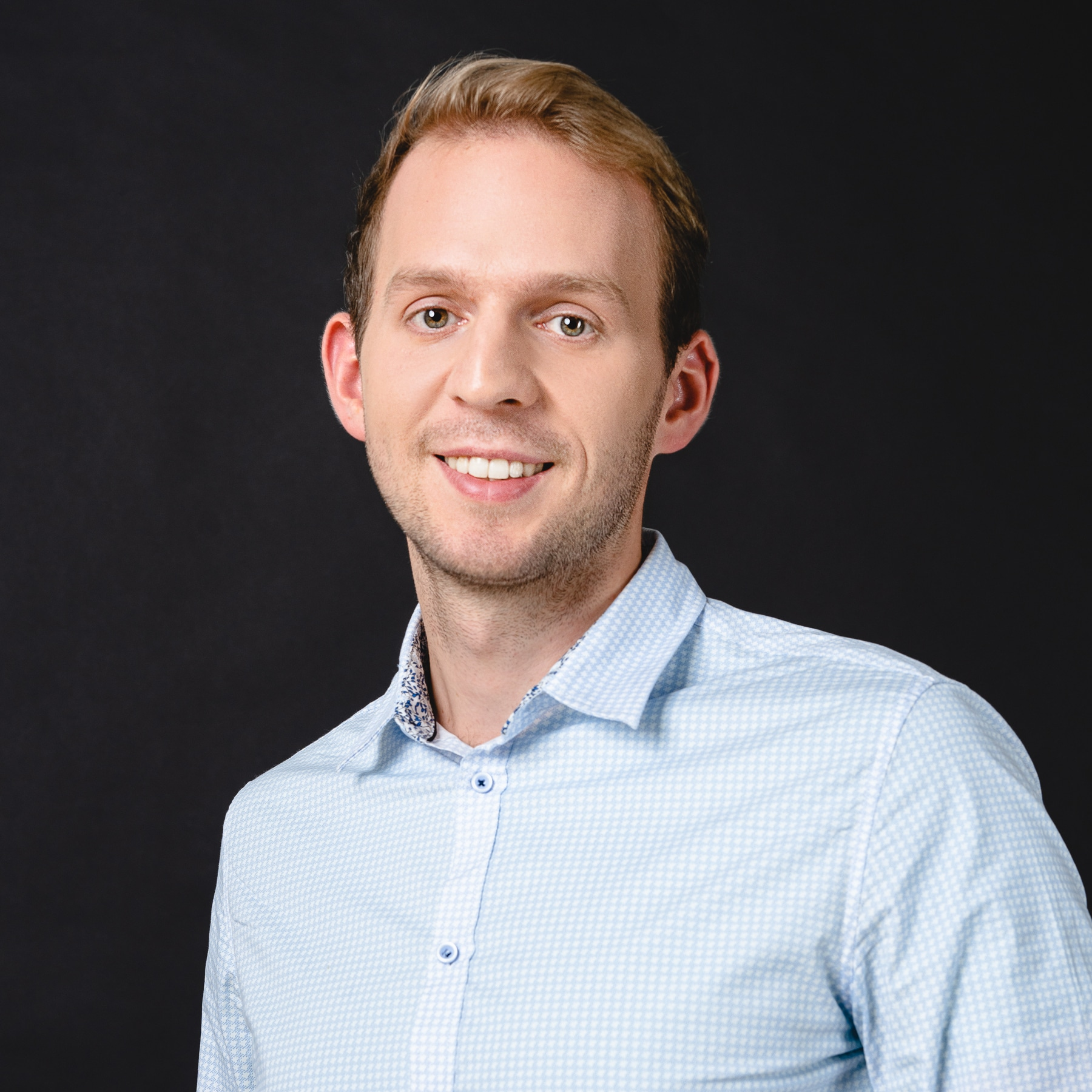 Roman Rozbroj Sales Manager